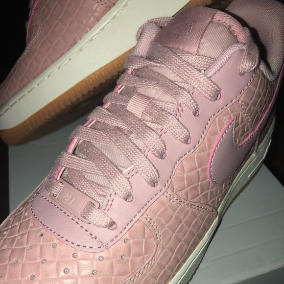 "online store 9e0af 5638c 🚺Nike Air Force 1  ""Pink Glaze  9.5, NWB, RARE⚡️"